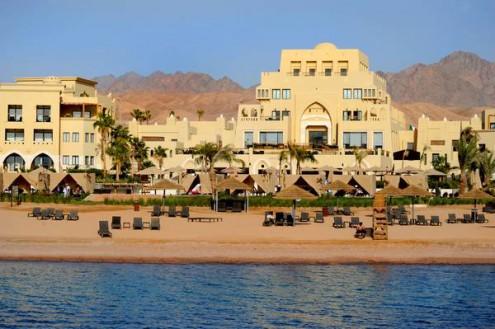Пляж_отеля_Radisson_Blu_Tala_Bay_Resort,_Акаба